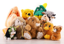 cleaning-stuffed-animals