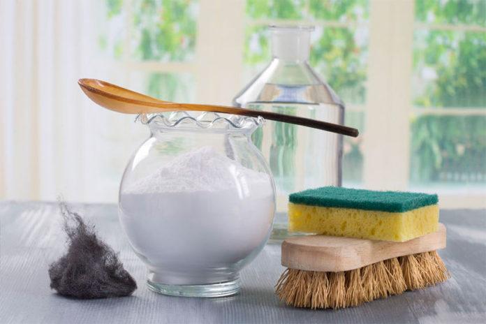5 Λύσεις Καθαρισμού με Μαγειρική Σόδα και Ξύδι