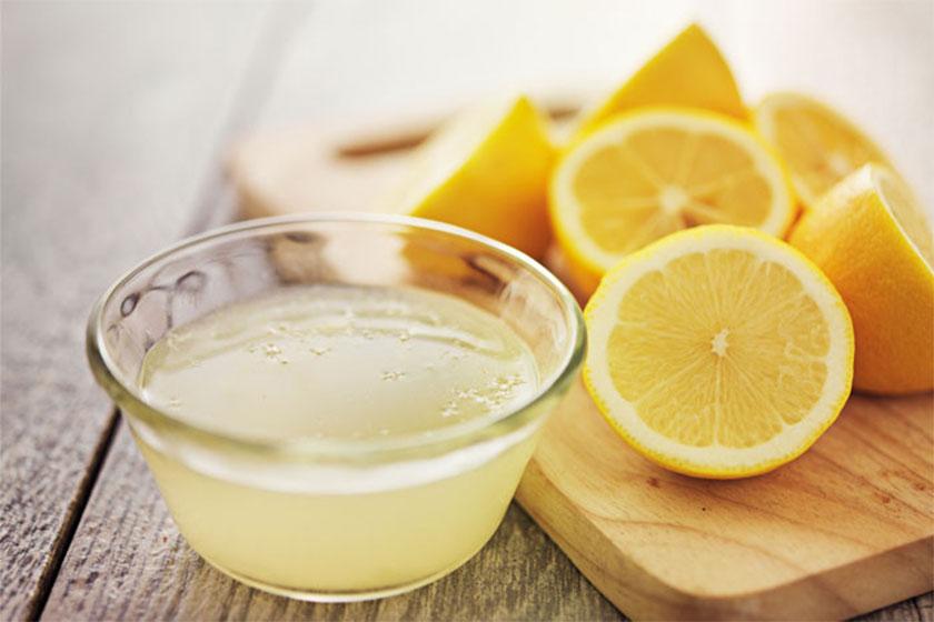 4 λύσεις καθαρισμού με λεμόνι