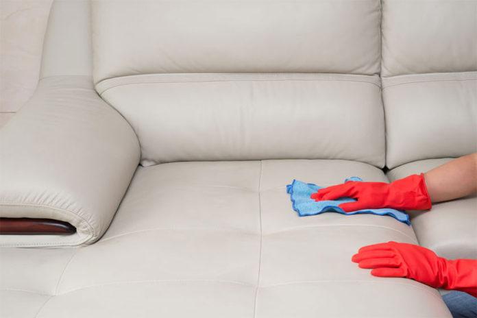 Πώς να Συντηρήσετε τον Δερμάτινο Καναπέ