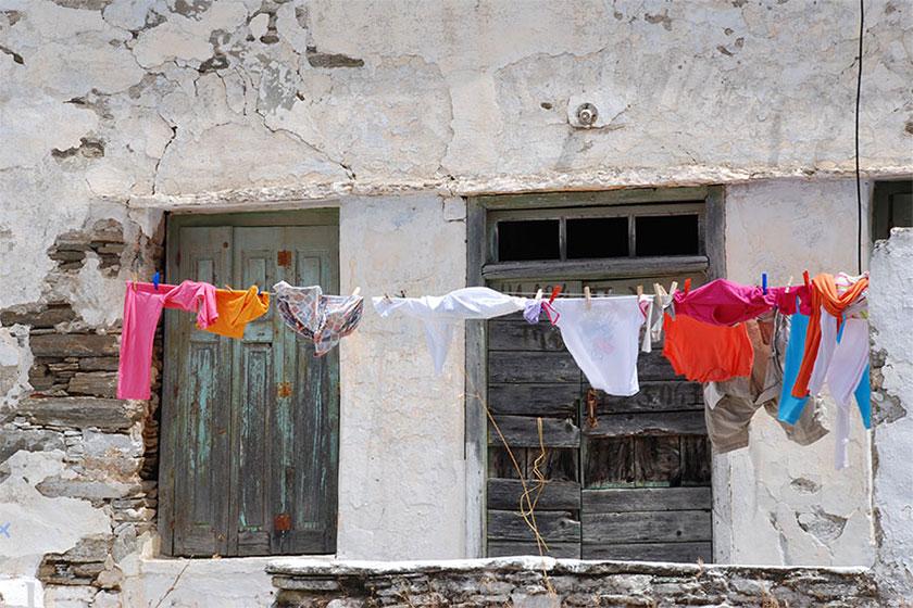 Πώς να αφαιρέσετε λεκέδες από μεταφορά χρώματος στο πλύσιμο