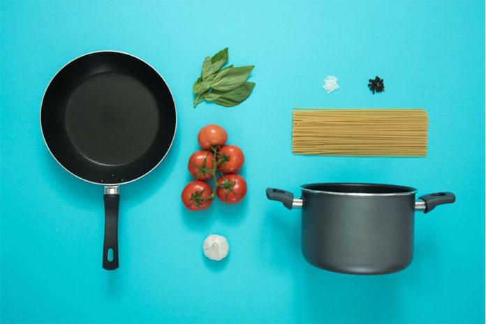 Συμβουλές για τη Φροντίδα των Αντικολλητικών Μαγειρικών Σκευών