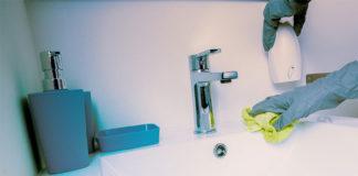 Φτιάξτε το Δικό σας Φυσικό Καθαριστικό για τη Μούχλα